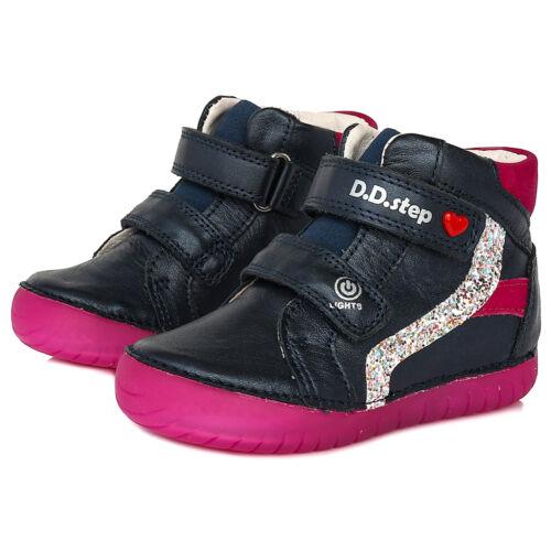 Valódi bőr D.D.step gyerekcipő, talpában világító LED