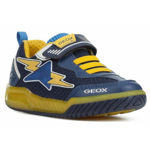 """Minőségi, könnyű, """"lélegző"""" Geox gyerekcipő, villogó ledekkel"""
