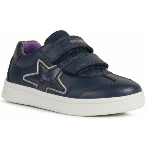 """Trendi Geox lánykacipő, """"lélegző"""" talppal"""